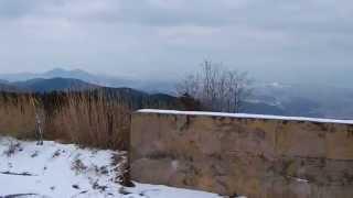 雪の積もった西山一等三角点 福岡県古賀市