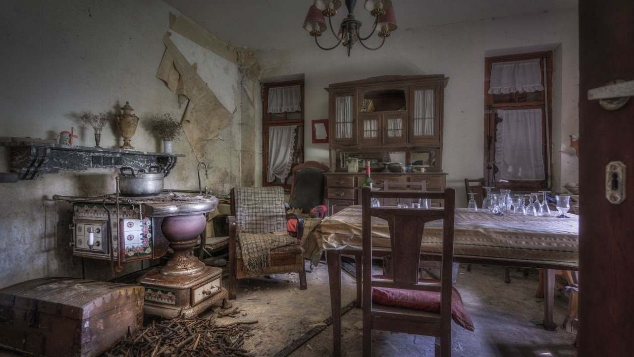 Abandoned Fully Furnished Farmhouse With A 18 Century