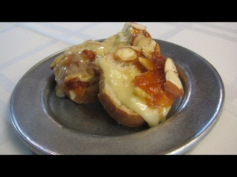 Baked Camembert with Apricot Glaze - Lynn's Recipes