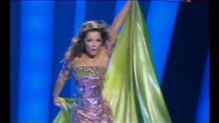 Наташа Королева на шоу Валентина Юдашкина