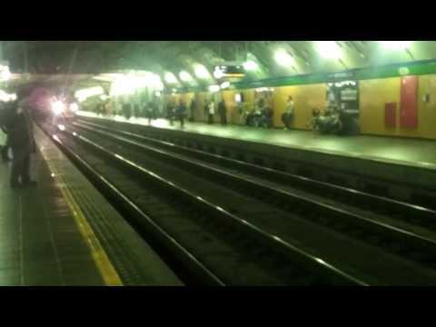INEDITO! Treno in transito a Milano Repubblica!