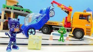 PJ Masks Spielzeugvideo. Catboy und Gekko gehen ins Einkaufszentrum