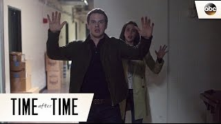 H.G. Wells Gets Caught - Time After Time 1x03