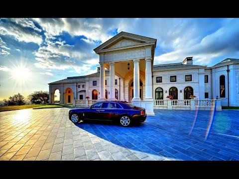 BILLIONAIRE Mansions - The Luxurious MANSIONS of Billionaires!