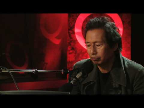 Alejandro Escovedo on Q TV