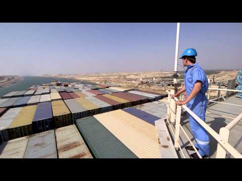 Maersk Line – Adrian Mærsk through the new Suez canal for the very first time