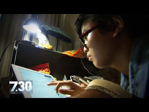 Japanese men locked in their bedrooms for years | 7.30