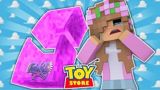 LITTLE KELLY IS A BROKEN DOLL! Minecraft Toystore