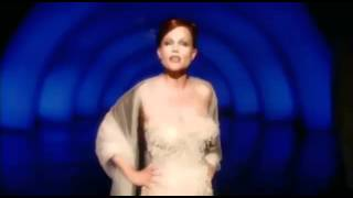 Belinda Carlisle - Love In The Key Of C