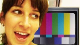 GIRL SCREAMS AT TV! Hidden Camera (11.22.10 - Day 571)