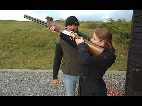 Alue s brokovnicí (první střelba)