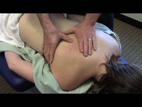 Scoliosis and Back Pain Chiropractic Treatment