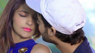 New hot kissing💏\\nwhatsapp status video\\n💋lip kiss \\nromantic scene\\n 2019,