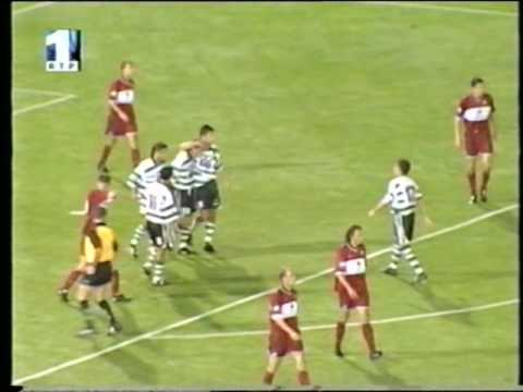 Sporting - 3 x Kaiserslautern - 0 de 2001/2002 Particular