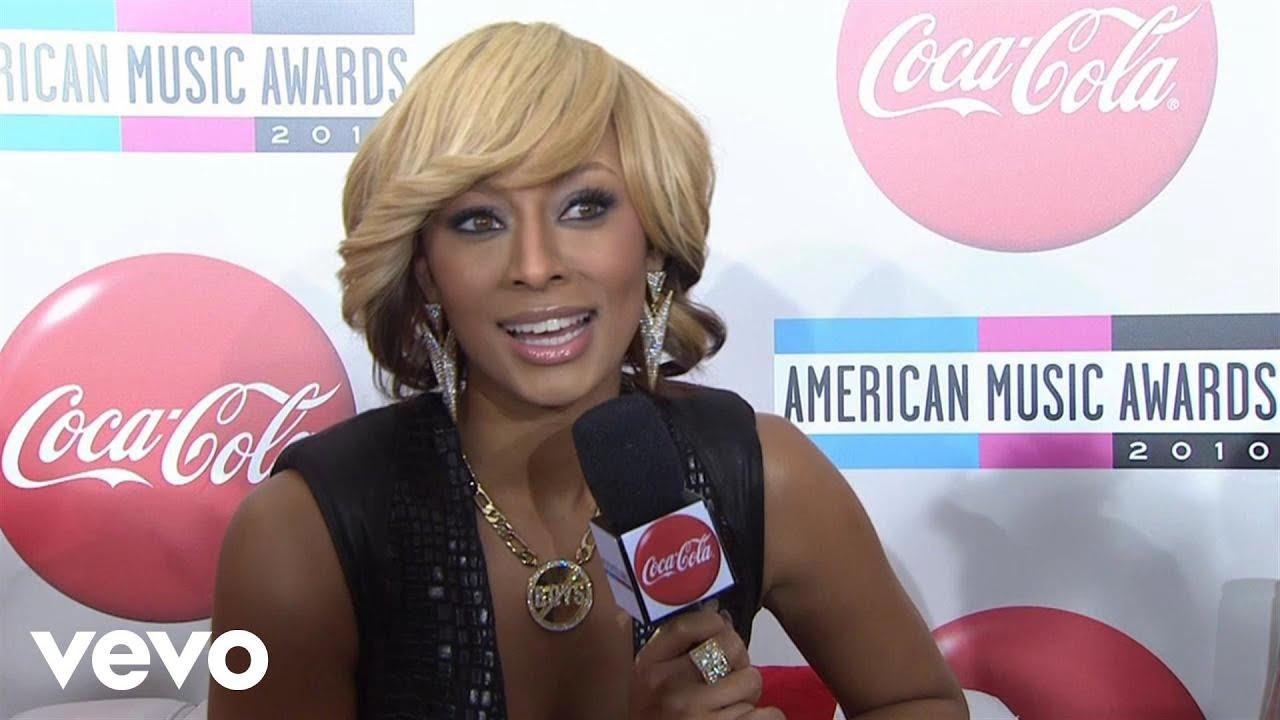 Download Keri Hilson - 2010 Red Carpet Interview (American Music Awards)