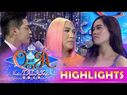 It's Showtime Miss Q and A:Vice Ganda notices something with Jackque and Ion