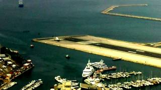 Gibraltar Airport - 3rd Most Dangerous!