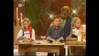 In der Weihnachtsbäckerei - Rolf Zuckowski und De Lütt Finkwarder Speeldeel