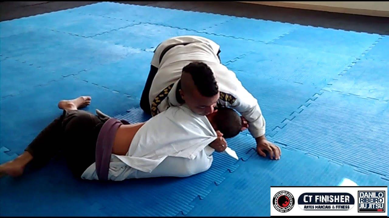 Jiu Jitsu 82 - Estrangulamentos de lapela partindo dos 100 kg e joelho na barriga com Mexicano