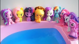 Ten New Little Pony Swimming Jumping on the Pool water Bed