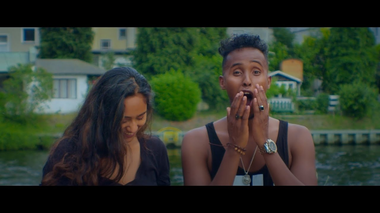 Download LIL BALIIL - WOW ( OFFICIAL MUSIC VIDEO )