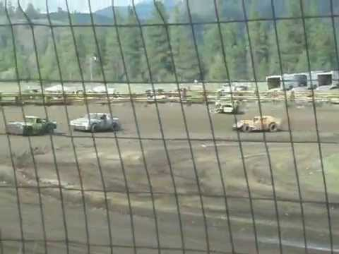 Eagle Track Raceway Modified/Street Stock Main Event Part 4 (Mark Weaver Crash) May 10th 2014