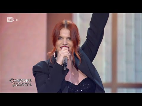 """Chiara canta """"9"""