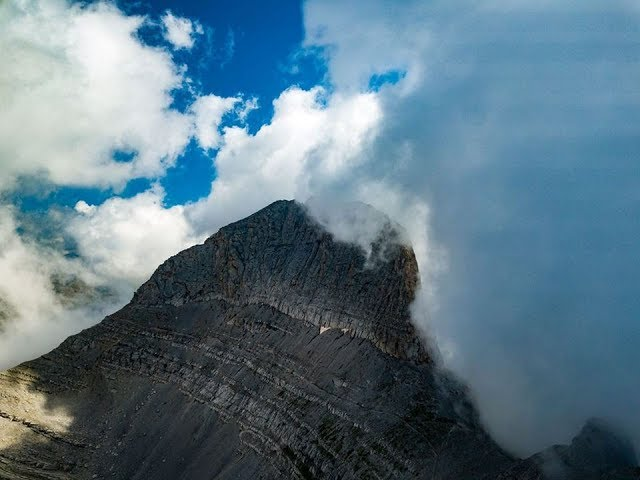 Το μεγαλείο του Ολύμπου -Mount Olympus , Greece by drone