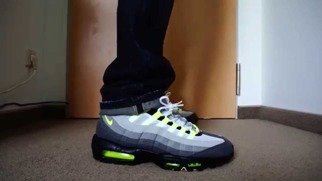air max 95 og on feet