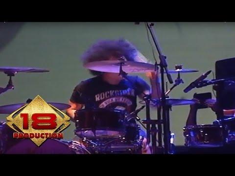 ZIVILIA - Kokoronotomo (Live Konser Keraton Solo 24 September 2013)