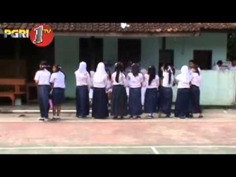 Tugas Warta Basa Sunda ( SMK PGRI 1 SUKABUMI )