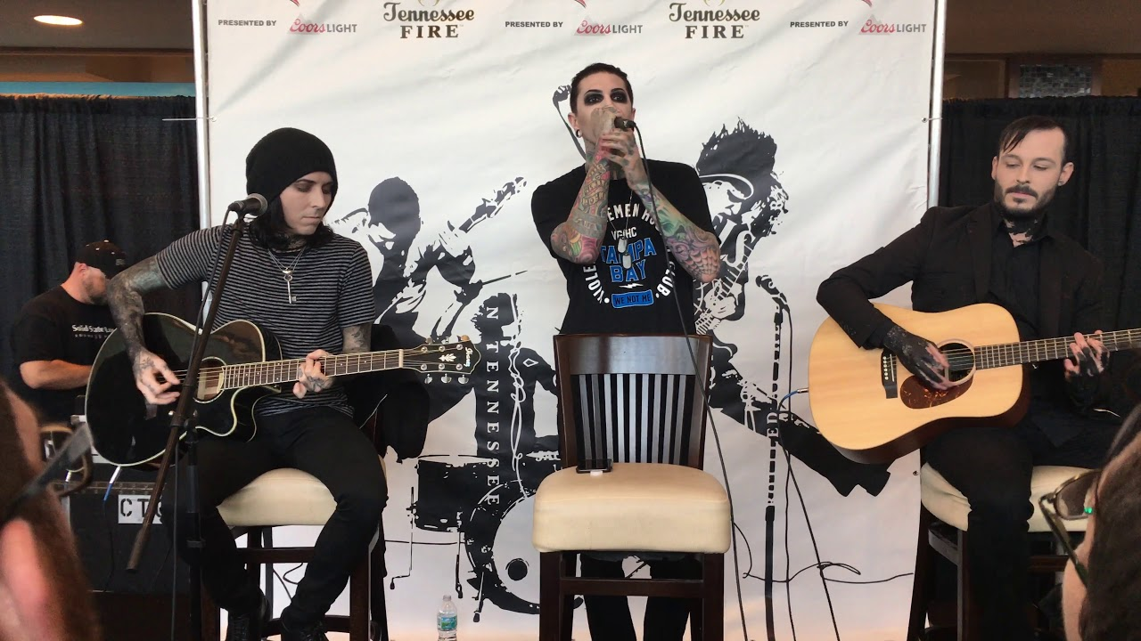 """Motionless In White Performing """"Voices"""" (Live In Tampa) RARE Acoustic set!"""