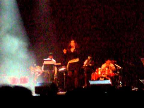 Shreya Ghoshal Live in Holland 02/10/2010