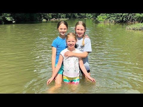 Avery Visits 🐎 Horseback Riding & Exploring The Creek !!!