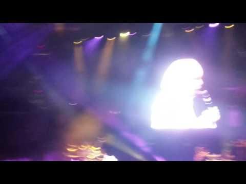 Mary J. Blige Intro @The Verizon Center, DC, 11-6-16