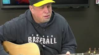 Garth Brooks Live on Facebook (Keith Whitley Cover)