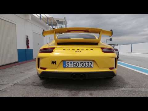 Porsche 911 GT3 991.2 Manual Gearbox Track Driving And Exhaust Noise