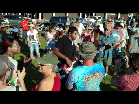 HOMEMADE JAMZ BLUES BAND: SMOKING IT (People Don't Do)@ 2011 King Biscuit