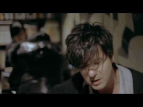 Lasse Lindh - Hold on to Love