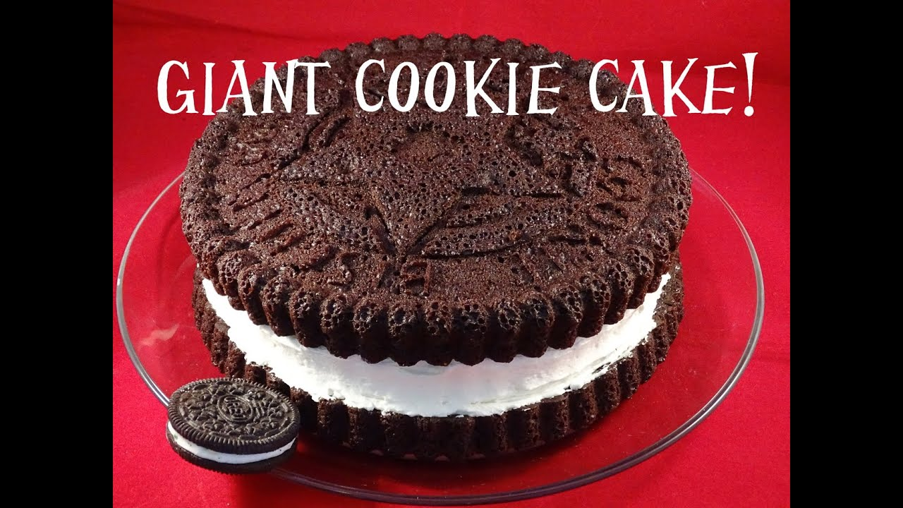 Giant Cookie Cake - with yoyomax12 - YouTube