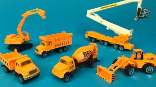 Action Play set Construction - Mighty Machines Bulldozer Excavator Dump Truck Cement Mixer Truck