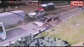 Atatürk Bulvarında meydana gelen kaza görüntüleri