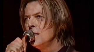 David Bowie - Life on Mars (live at Yahoo Awards, 2000)