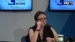 Российский поэт, переводчик, журналист Елена Фанайлова в программе 'Разворот'. MIX TV