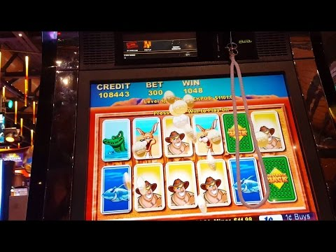 Going for 11th Major Jackpot on Outback Jack slot machine pokie! *Max bet big win* *Card features*