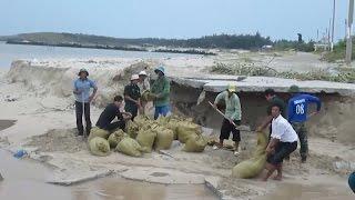 Tin Tức 24h: Ninh Thuận oằn mình vượt lũ