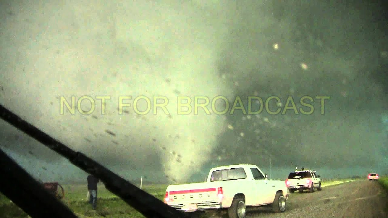 Pics For > Ef5 Multiple Vortex Tornado