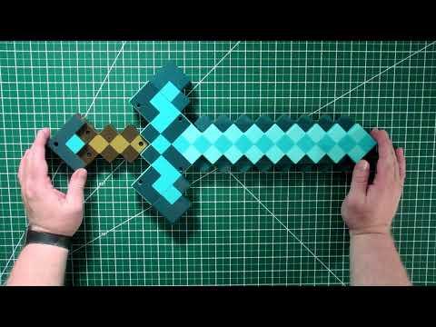 Minecraft Transforming Diamond Sword and Pickaxe
