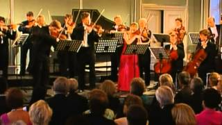 J.S.Bach Conc. per 3 violini e orch.  BWV 1064 Julia Fischer