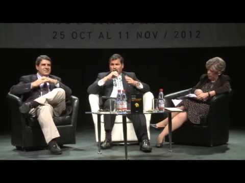 """Rafael Correa, libro """"Ecuador: de Banana Republic a la No República"""", Chile, 25-10-12"""